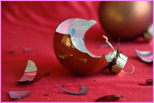 decori natalizi rotti
